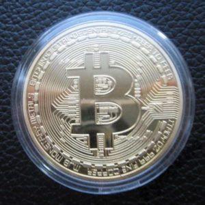Монета Bitcoin (BTC) коллекционная в футляре позолоченная
